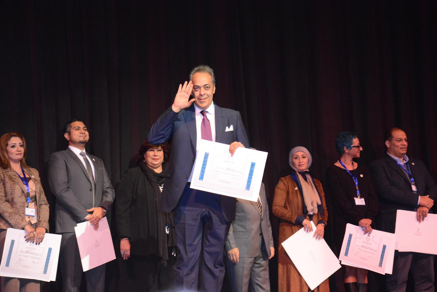 د. جمال سلامة عميد كلية السياسة والاقتصاد جامعة السويس