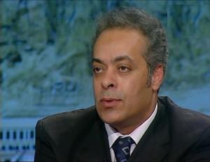 78 zzxxxvجمال سلامة أستاذ ورئيس قسم العلوم السياسية جامعة السويس  gamal salama  _39__0004