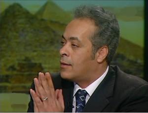 دكتور جمال سلامة علي أستاذ و رئيس قسم العلوم السياسية جامعة السويس
